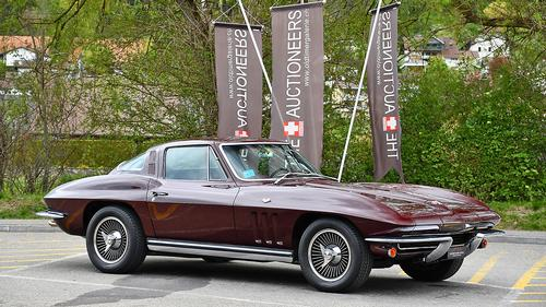 1965 Chevrolet Corvette C2 Stingray